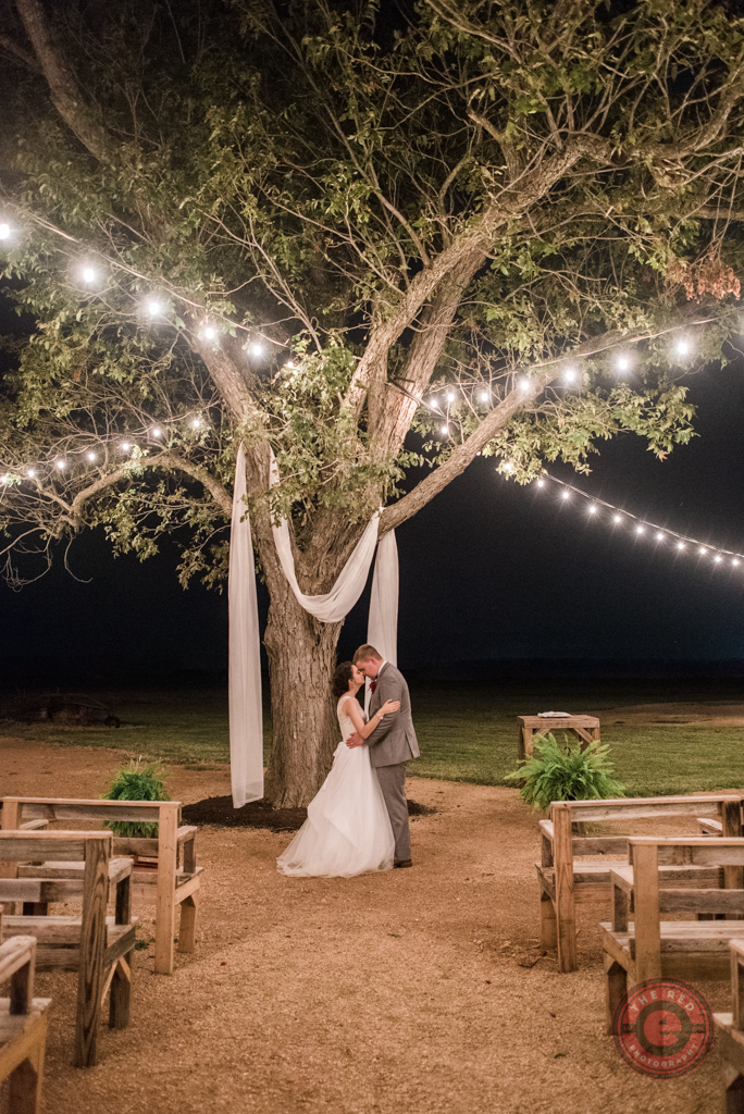 Get Hitched In The Hay The Allen Farmhaus New